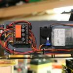 das technische Herz des Trucks, hier zu sehen ist der Servonaut-Sound mit Lautstärkeverstellung, meine Strom- und Datenverteilung
